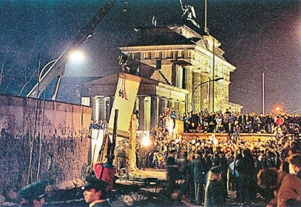 Berlin Wall - Fall of the berlin Wall 1989